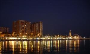 Nächtliche Promenade von Malaga