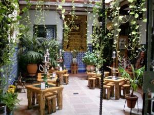Restaurant Innenhof eines Hauses